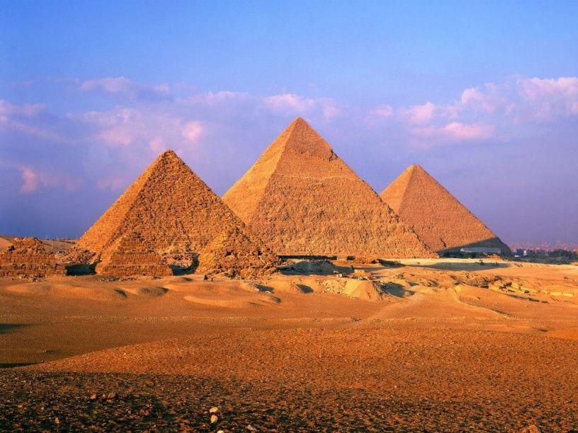 piramidi-italia-egitto